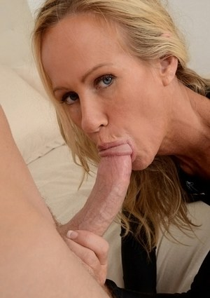 BLonde MILF Simone Sonay gives a perfect blowjob and fingers her hot twat