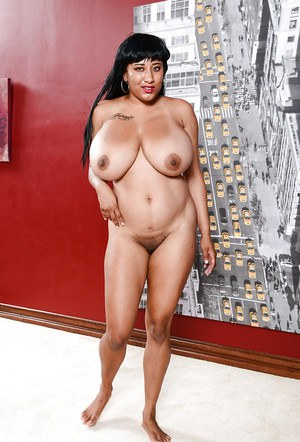 Curvy Latina first timer Danni Lynne showing off her knockers and spread pussy