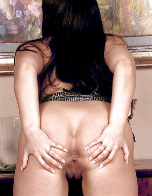European brunette with amazing tits Kerry Marie superb nudity premiere