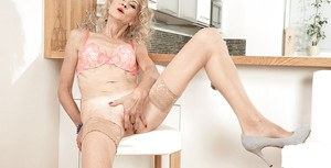 Kitchen nudity porn on cam with mature blonde in heats Beata