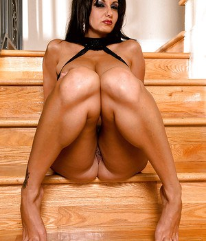 European pornstar Ava Addams showing off sexy legs and splayed toes