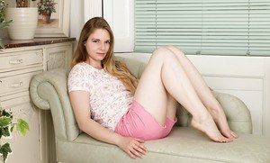 Teen first timer Alice Wonder doffing shorts and cotton panties to bare beaver