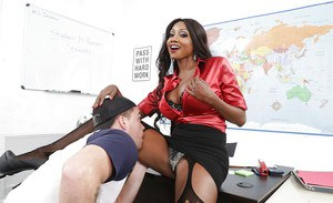 Older ebony teacher Diamond Jackson welcome male student's sexual advances