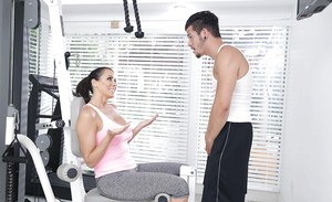Yoga enthusiast Reagan Foxx seducing her personal trainer in home gym