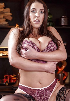 Hot MILF Angela White reveals the big ass and huge tits during a solo play
