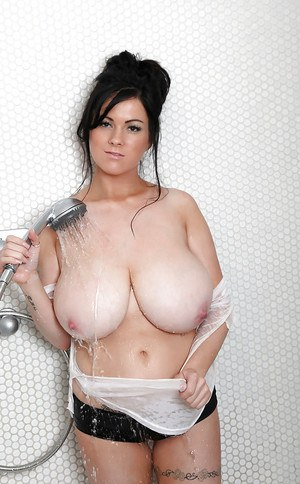 Rachel Aldana shows off her massive juggs while alone in the shower