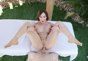 Naked MILF Yasmin Scott gets ass fucked and creampied under the palm trees