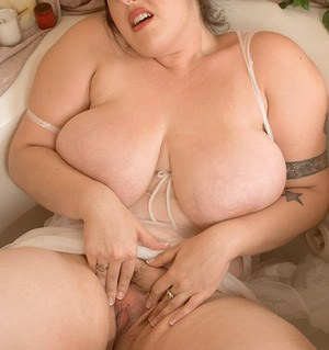 Passionate fatty Angel Sin is proud of her big massive ass and fat boobs