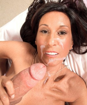 Slim cougar Cheryl Conner taking younger boy's big dick up her filthy asshole