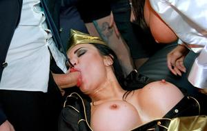 Stewardesses and pilots get drunk and fuck during party after work