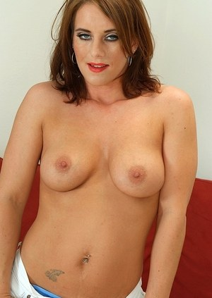 Lovely MILF with big tits and puffy nipples Olivia Sinclair boasts of her twat