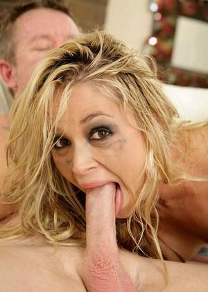 Blonde MILF Sara Sloane fucked so hard that her makeup runs down her face