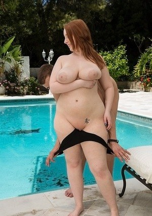 Cute fatty Felicia Clover gets her huge boobs squeezed and fucked near a pool