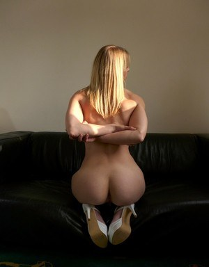 Jentina Small amateur nudity solo with slow motion pussy fingering moments