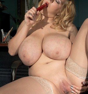 Chubby secretary Sunshine stays late at work but feels the need to masturbate