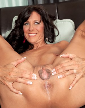 Aged lady Summer Meadows drips cum from asshole after fucking lover's big cock
