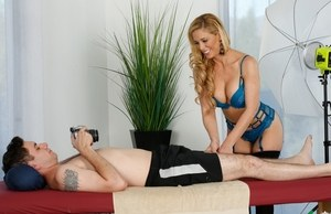 Top MILF in heats Cherie DeVille fucked by younger bloke in severe modes