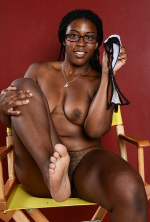 Black solo girl Janelle Taylor stands proud while posing nude for first time