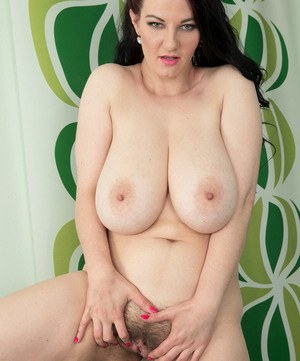 Plump MILF Vanessa Y uncovers her big hangers before masturbating with sex toy