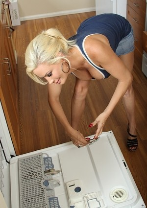 Hot older blonde Diamond Foxxx feels the need to get naked after doing dishes