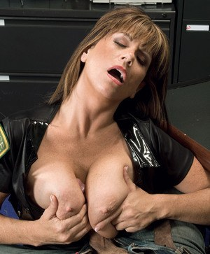 Big tits woman Angelina Verdi serious cock sucking porn play at the office