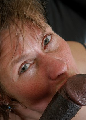 Marie works great black cock in her amateur pussy for a whole hardcore