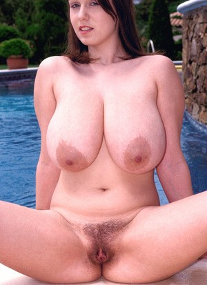 Super gorgeous BBW angel Nicole Peters shows her astonishing body near a pool