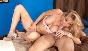 Fetching mature slut Opal Reins gives head and then enjoys anal hardcore