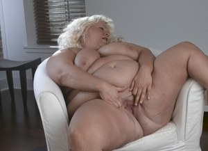Donna T fat woman with huge tits solo masturbation and nudity display