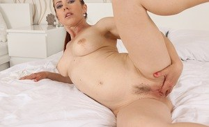 MILF with gorgeous forms Violet Jones superb nudity display of her cunt