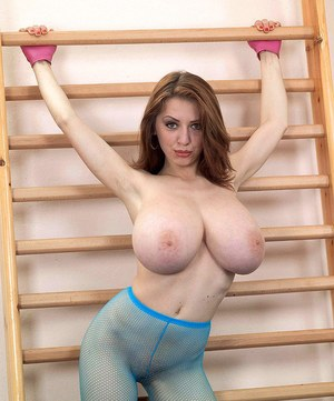 Merilyn Sakova shows off the huge tits in supreme XXX solo moments