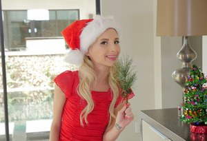 Hot blonde babe in a Christmas costume Piper Perri plays an outstanding solo