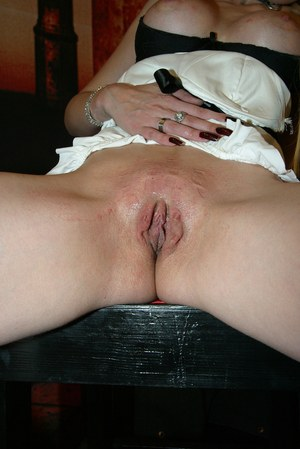 Blond MILF Candy Sue gets her ass beat before pegging herself with clothespins