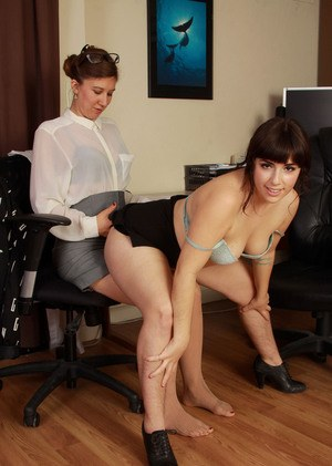 Mature secretaries Valentine and Simone Delilah lick hairy pussies in office