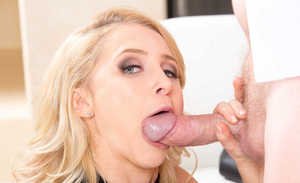 Blonde wife Alix Lynx realizes that what her man needs is oral sex