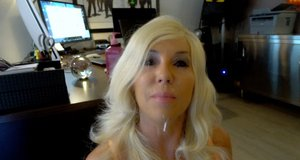 Hot older housewife Sandra Otterson drops to her knees to please her husband