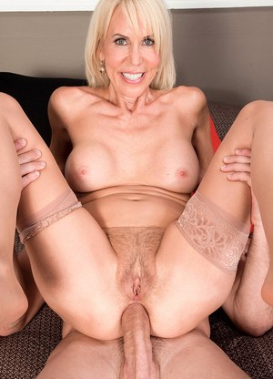 Free huge creampie videos