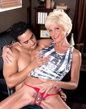 Horny older lady Niki finds a herself a young stud to seduce