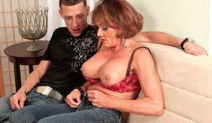 Mature mom Riley Wayne gets butt fucked after seducing the neighbour's boy
