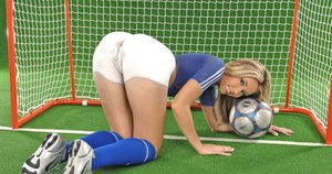 Female soccer player shows off her camel toe pussy in her uniform