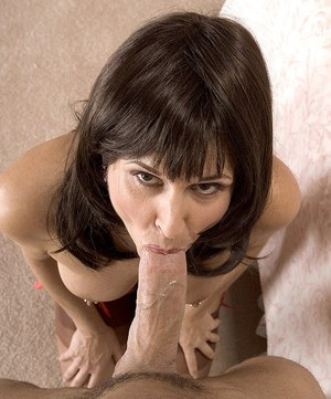 Hot cougar Jazz teachers her young lover a thing or two about fucking