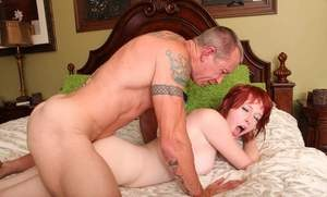 Natural redhead Zoey Nixon gets pounded by man with a long pnis