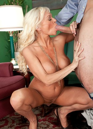 Older blonde woman Farrah Rose seduces and blows a younger gentleman