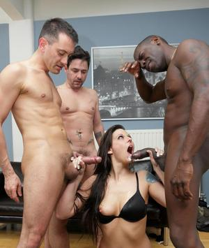 MILF Simony Diamond gets double fucked by black and white cocks in a gangbang