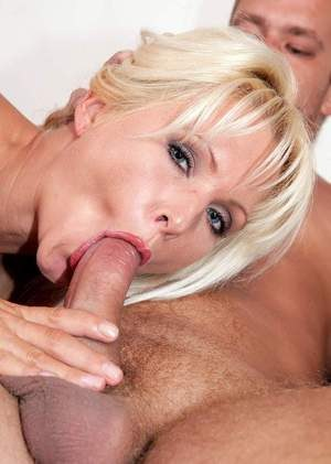 Faux blonde chick Kathy Anderson sports a creampie after fucking of her beaver
