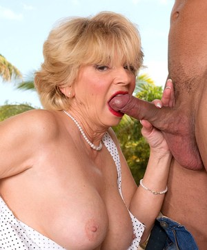 Older woman DeAnna Bentley takes her young lover's cock in her asshole