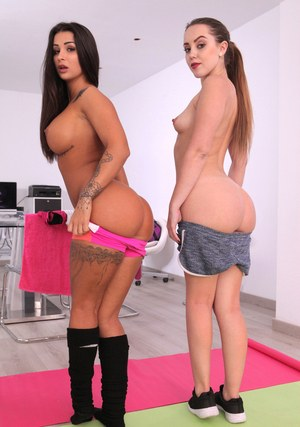 Flexible chicks Susy Gala & Zoe Doll get bent out of shape while sucking dick