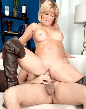Oiled handjob movie