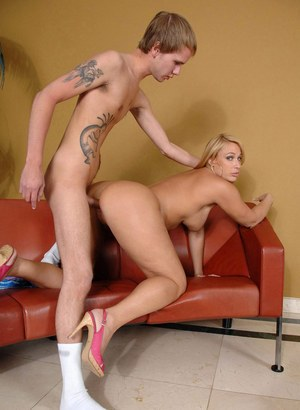 Older blonde MILF Mellanie Monroe has sex with a younger boy