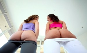 After baring their asses Jada Stevens & Remy La Croix lick anuses with tongues